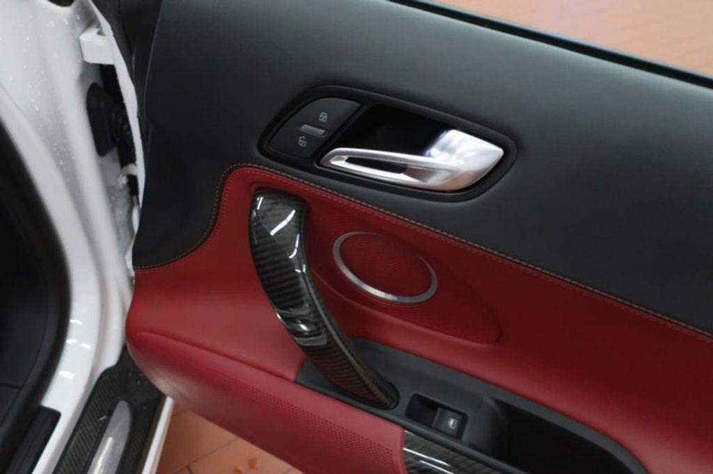 2010 Audi R8 2dr Coupe Automatic quattro 5.2L - 17404850 - 24