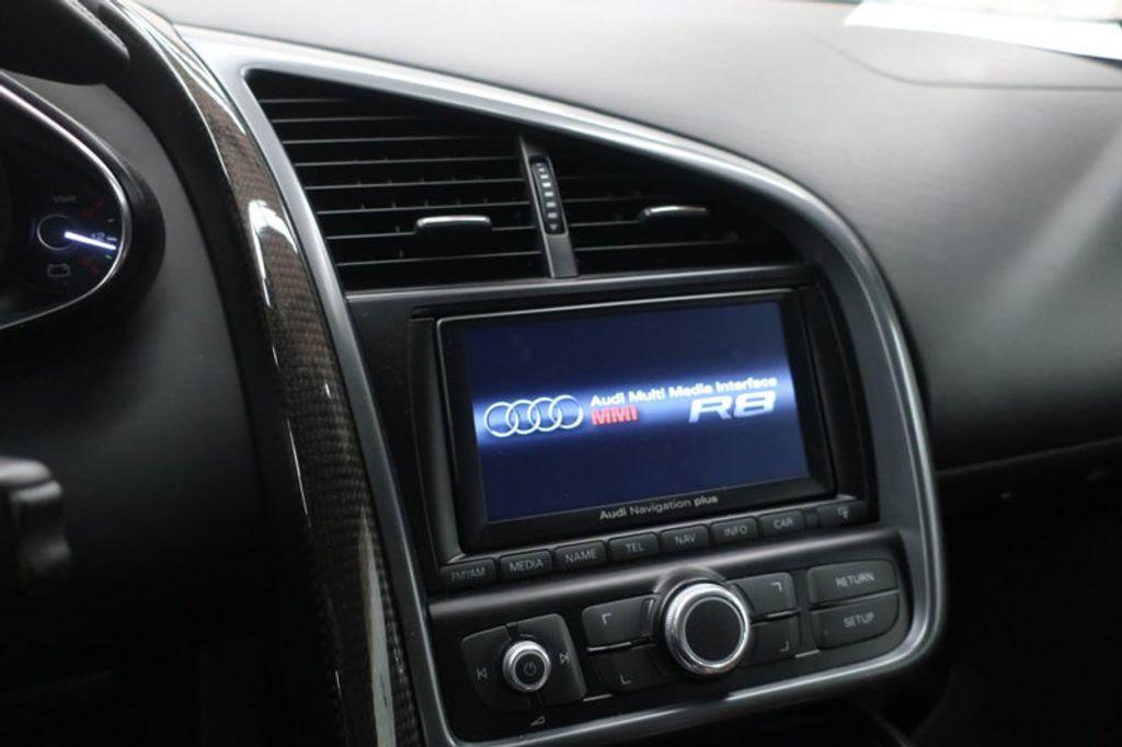 2010 Audi R8 2dr Coupe Automatic quattro 5.2L - 17404850 - 33