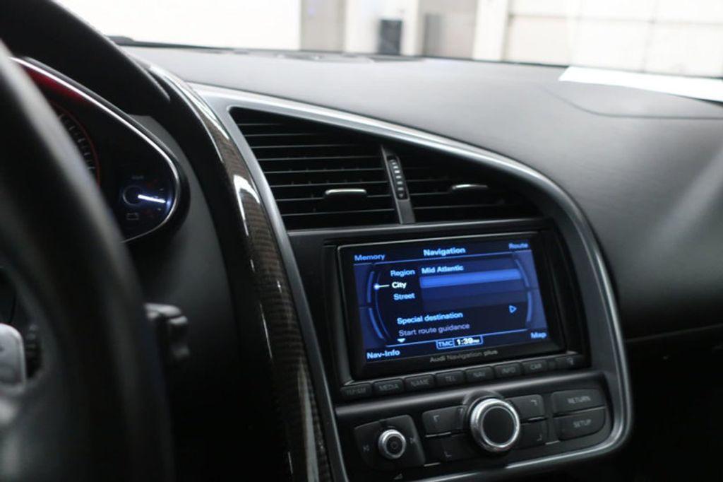 2010 Audi R8 2dr Coupe Automatic quattro 5.2L - 17404850 - 38