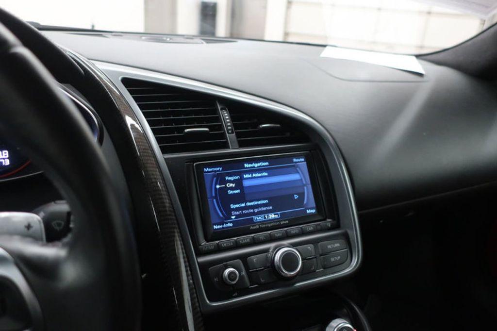 2010 Audi R8 2dr Coupe Automatic quattro 5.2L - 17404850 - 40