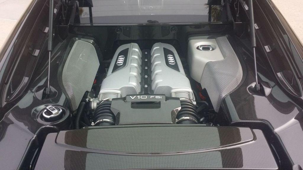 2010 Audi R8 R8 FSi Quattro 10 CYLINDER - 17521376 - 18