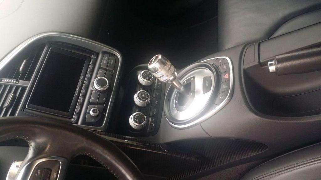 2010 Audi R8 R8 FSi Quattro 10 CYLINDER - 17521376 - 26