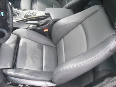 2010 BMW 3 Series 335i - Click to see full-size photo viewer