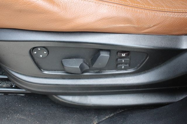 2010 BMW X5 30i - Click to see full-size photo viewer