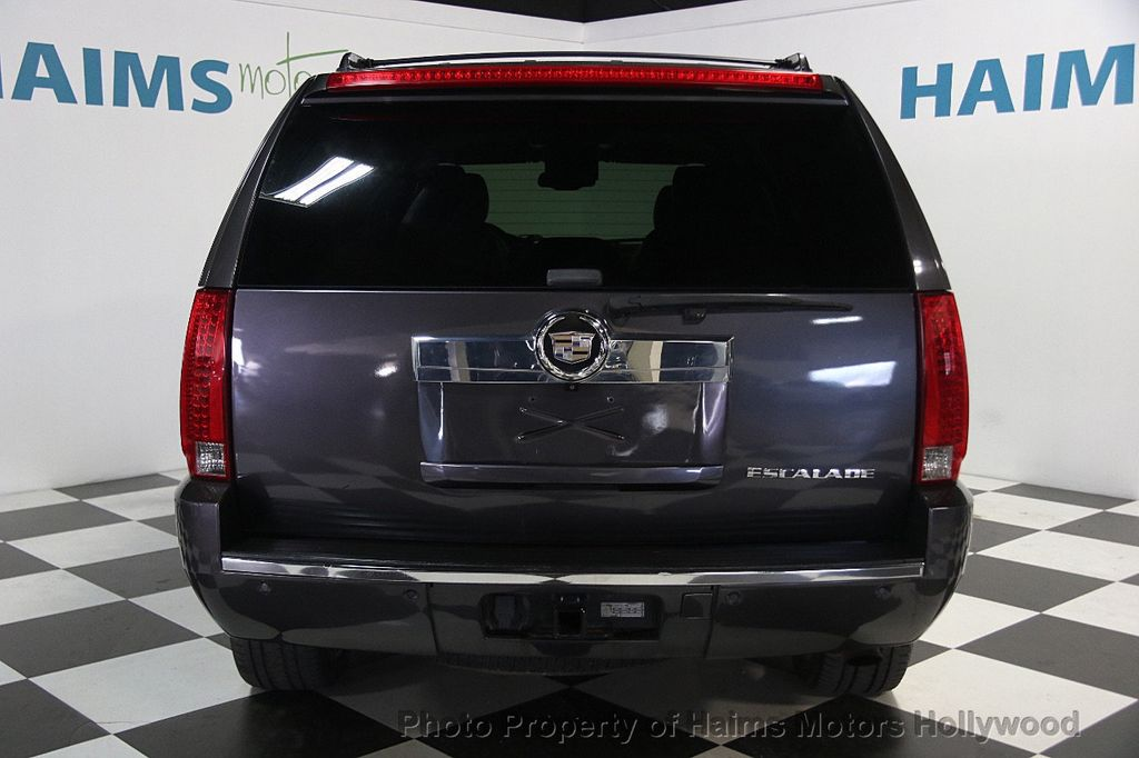 2010 Cadillac Escalade AWD 4dr Luxury - 16997666 - 5