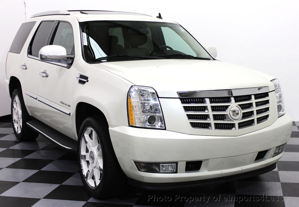 suv escalade used cadillac escalade suv pricing for sale edmunds. Black Bedroom Furniture Sets. Home Design Ideas