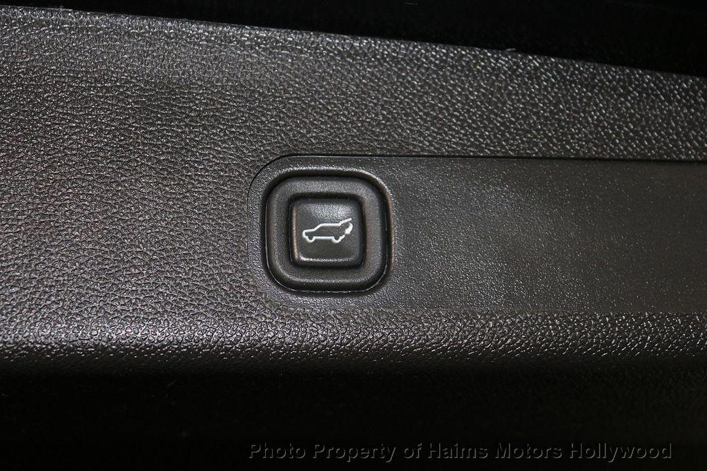 2010 Cadillac Escalade ESV Premium - 18668152 - 9