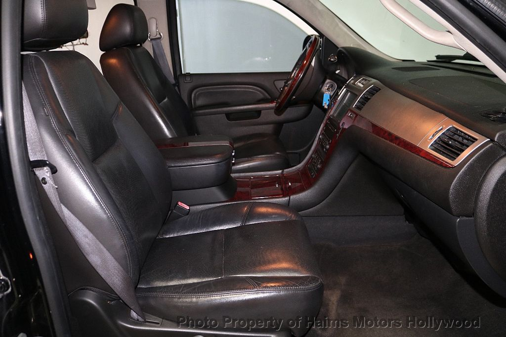 2010 Cadillac Escalade ESV Premium - 18668152 - 14