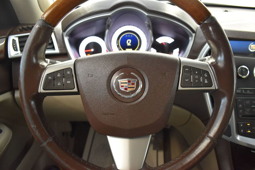 2010 Cadillac SRX FWD 4dr Performance Collection - 18415843 - 16