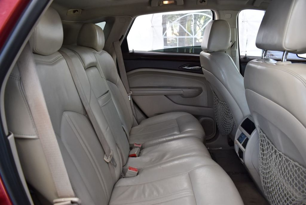 2010 Cadillac SRX FWD 4dr Performance Collection - 18415843 - 21