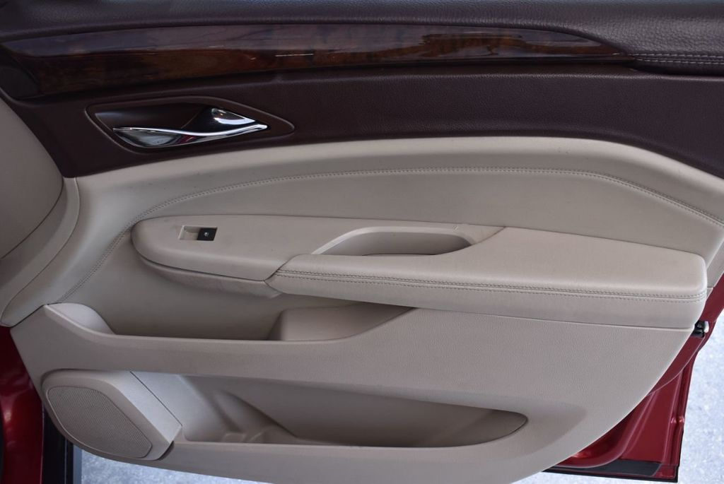 2010 Cadillac SRX FWD 4dr Performance Collection - 18415843 - 24
