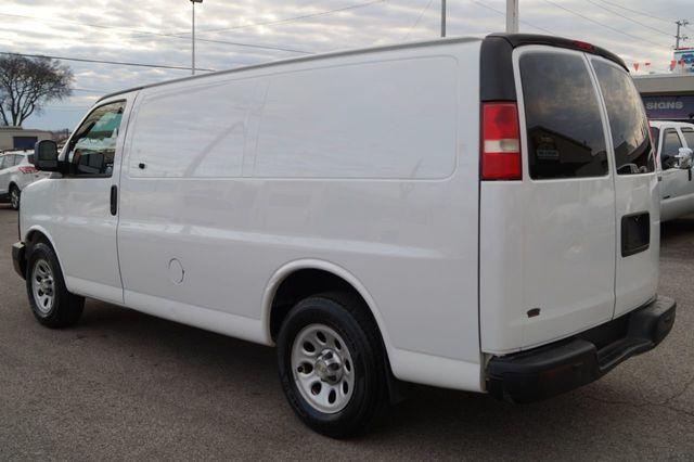 2010 Chevrolet Express 1500 Cargo 2010 CHEVROLET EXPRESS G1500 CARGO OFF LEASE 615-678-7444 - 16426379 - 4