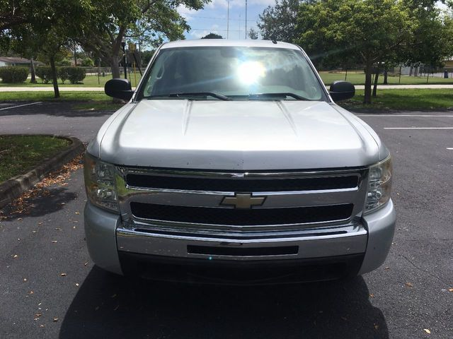 "2010 Chevrolet Silverado 1500 2WD Ext Cab 143.5"" LS - Click to see full-size photo viewer"