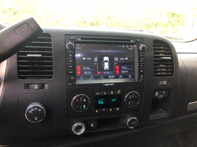 """2010 Chevrolet Silverado 1500 4WD Crew Cab 143.5"""" LT - Click to see full-size photo viewer"""