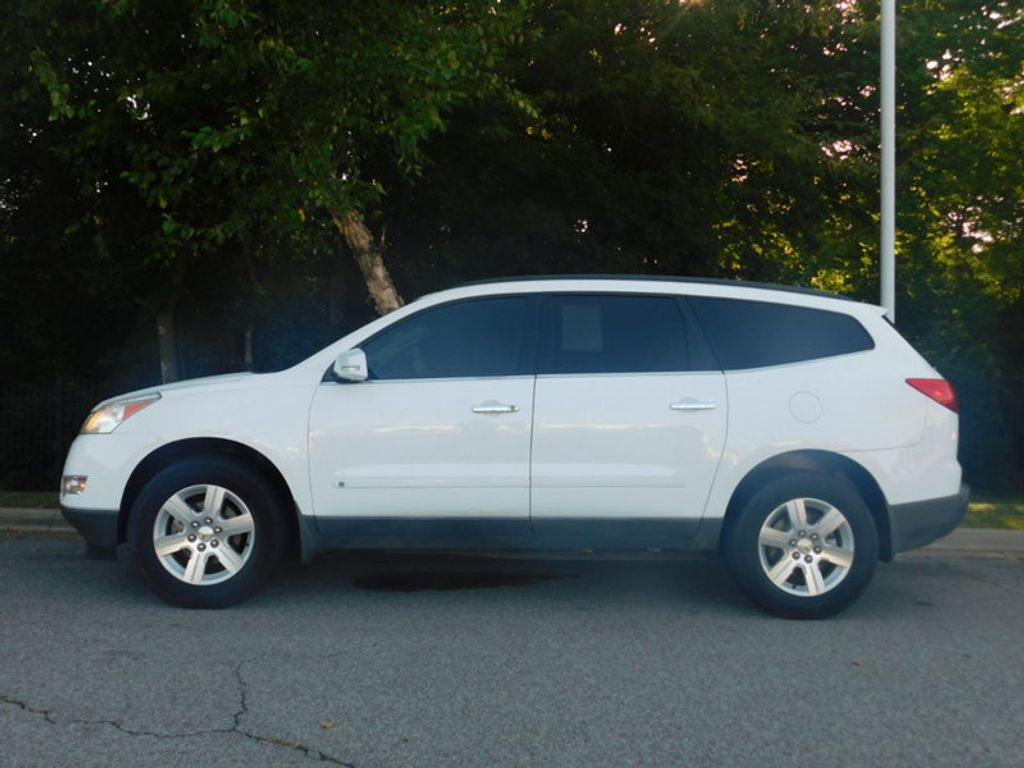 2010 Used Chevrolet Traverse Fwd 4dr Lt W 1lt At Chevrolet
