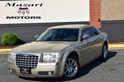 2010 Chrysler 300 4dr Sedan Touring Signature RWD