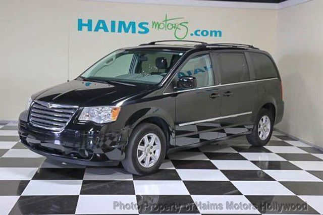 2010 used chrysler town country 4dr wgn touring at haims motors serving fort lauderdale. Black Bedroom Furniture Sets. Home Design Ideas