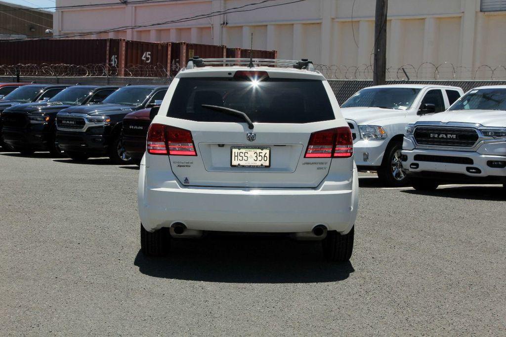 2010 Dodge Journey SXT - 18130959 - 4