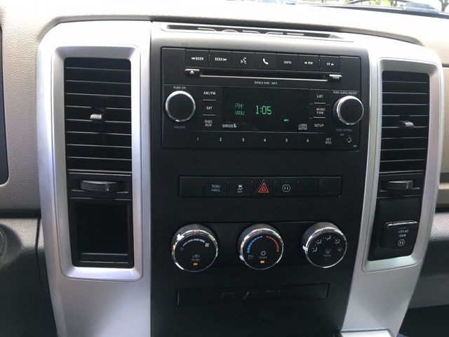 """2010 Dodge Ram 1500 2WD Quad Cab 140.5"""" Sport - Click to see full-size photo viewer"""