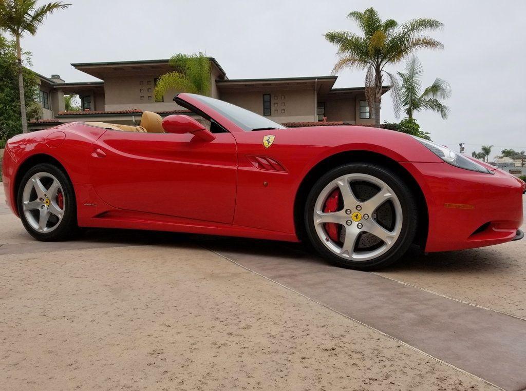 2010 Ferrari California 2dr Convertible - 18398625 - 10