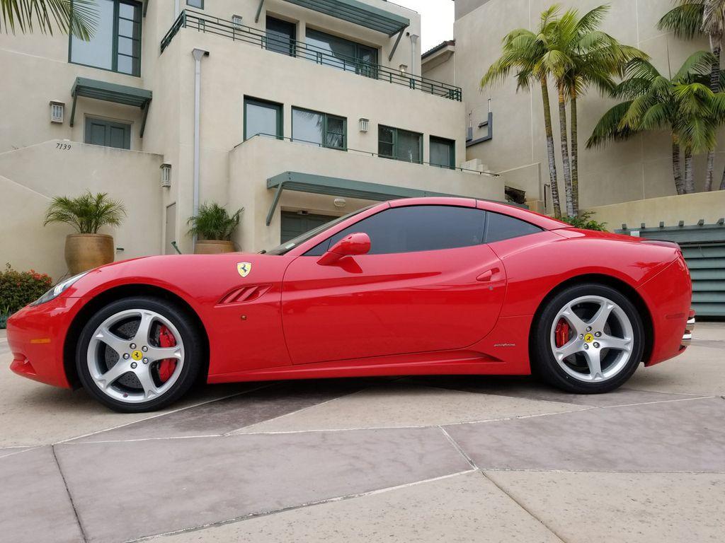 2010 Ferrari California 2dr Convertible - 18398625 - 11