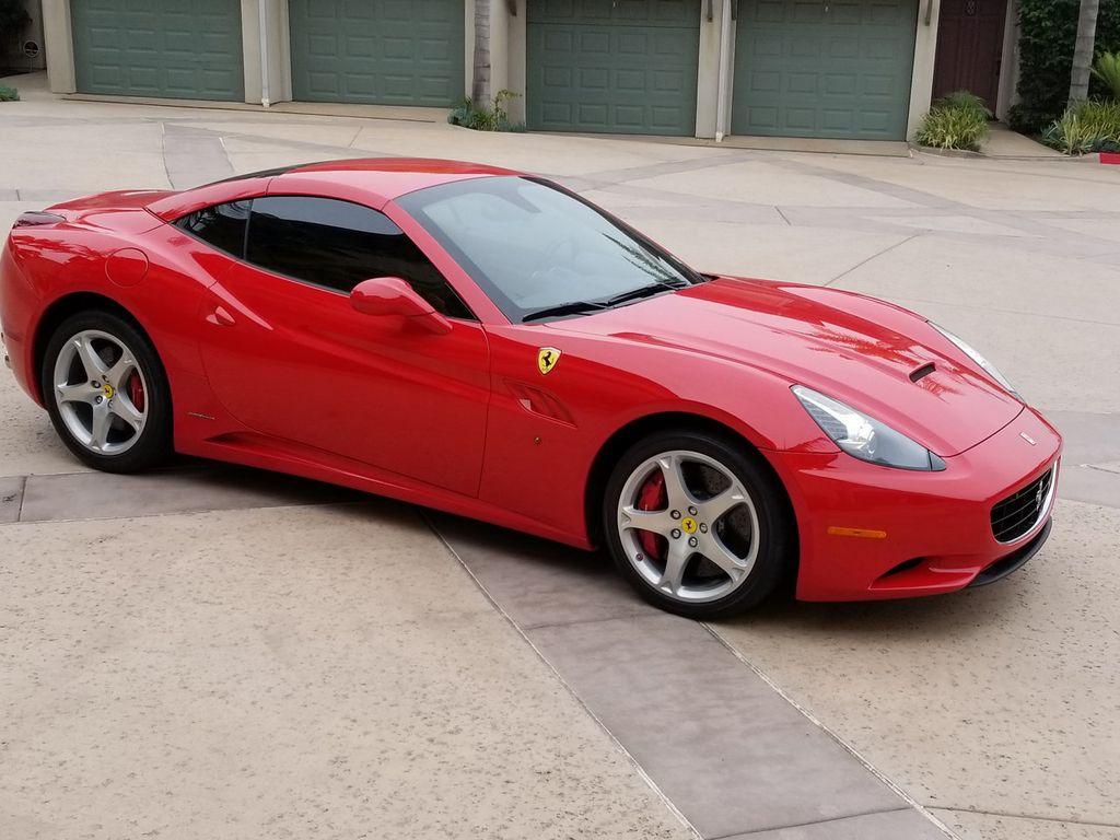 2010 Ferrari California 2dr Convertible - 18398625 - 7