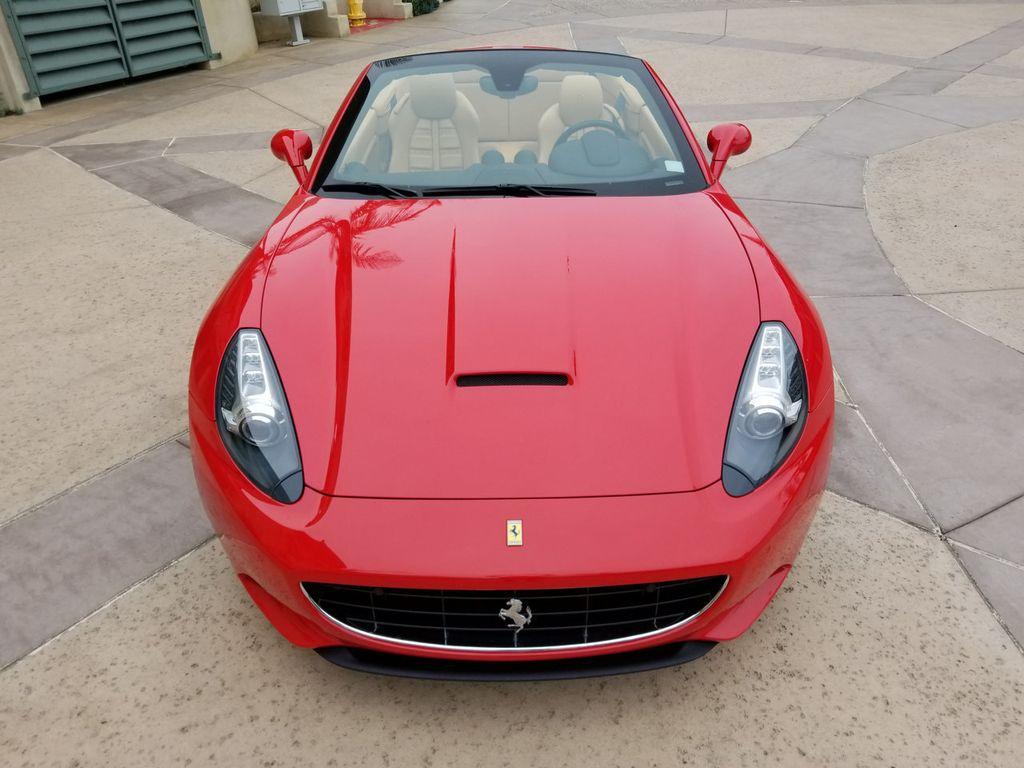 2010 Ferrari California 2dr Convertible - 18398625 - 8
