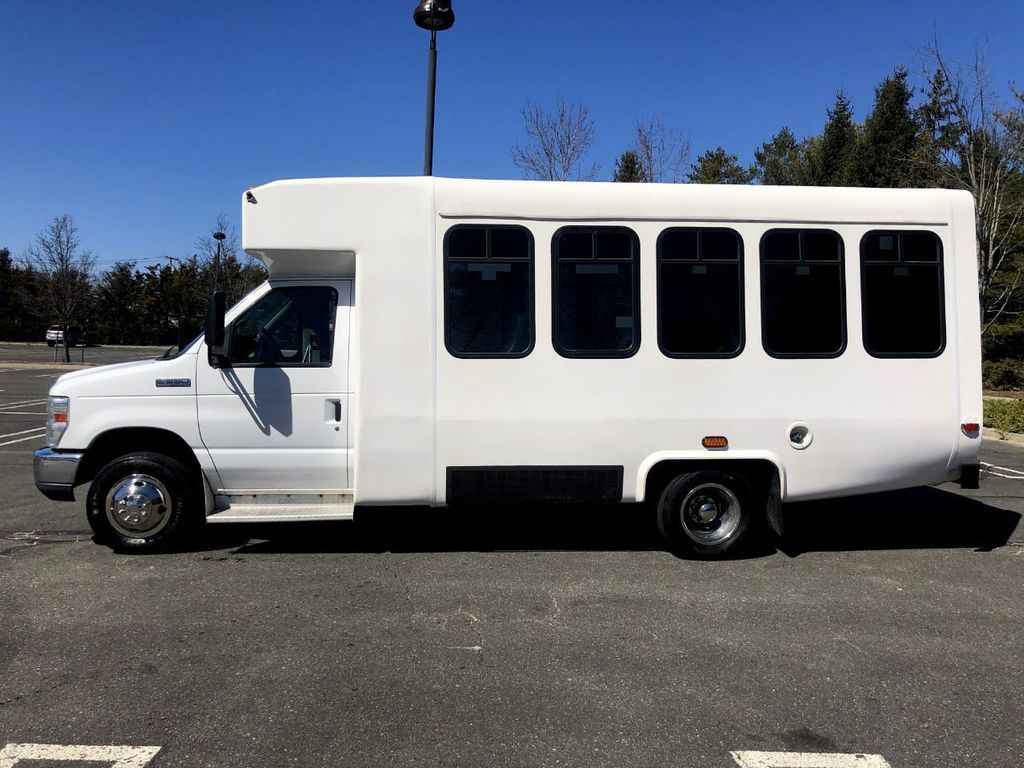 2010 Ford E350 Diamond Non-CDL Wheelchair Bus For Sale For Church Adults Senior Medical Transport Handicapped - 18736449 - 4