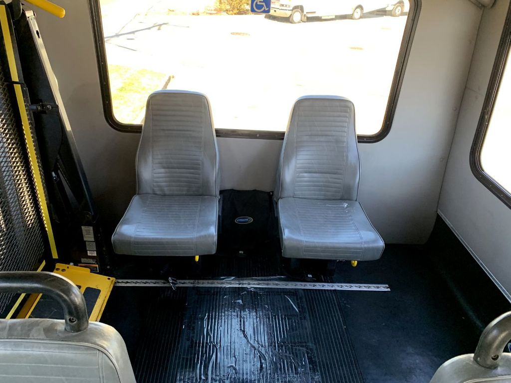 2010 Ford E350 Diamond Non-CDL Wheelchair Bus For Sale For Church Adults Senior Medical Transport Handicapped - 18736449 - 7