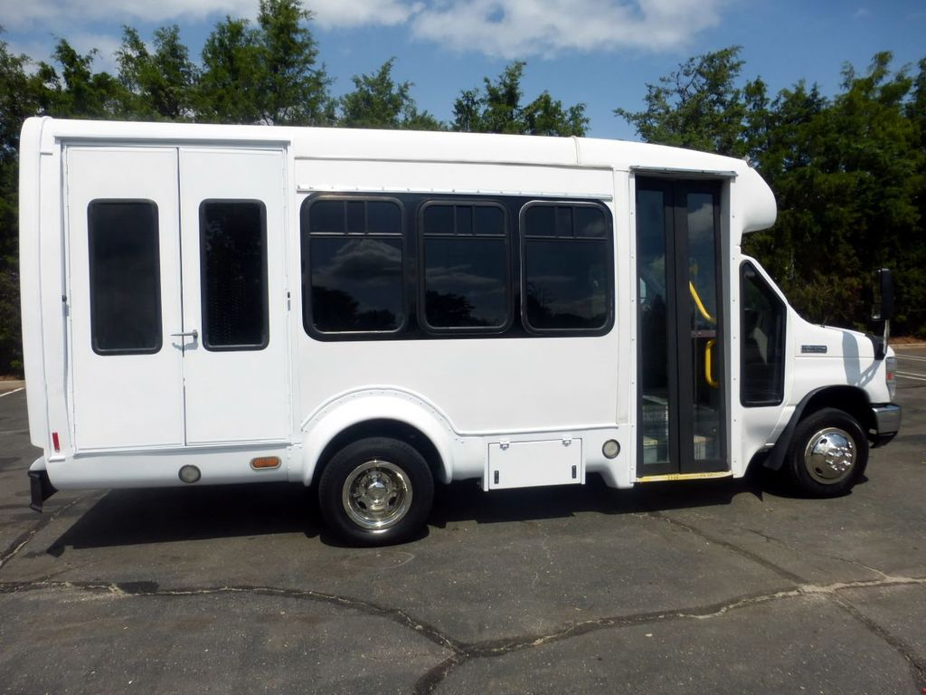 2010 Ford E350 Non-CDL Startrans Wheelchair Shuttle Bus For Senior & Adult Handicap & Mobility Transport - 17933152 - 14