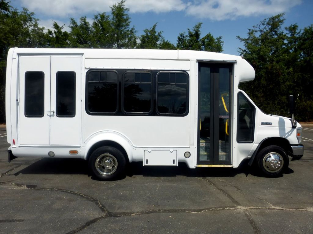 2010 Ford E350 Non-CDL Startrans Wheelchair Shuttle Bus For Senior & Adult Handicap & Mobility Transport - 17933152 - 15