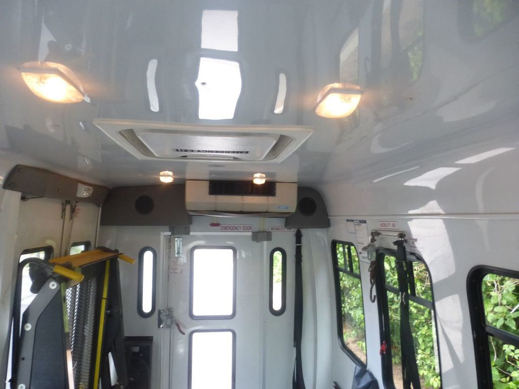 2010 Ford E350 Non-CDL Startrans Wheelchair Shuttle Bus For Senior & Adult Handicap & Mobility Transport - 17933152 - 30