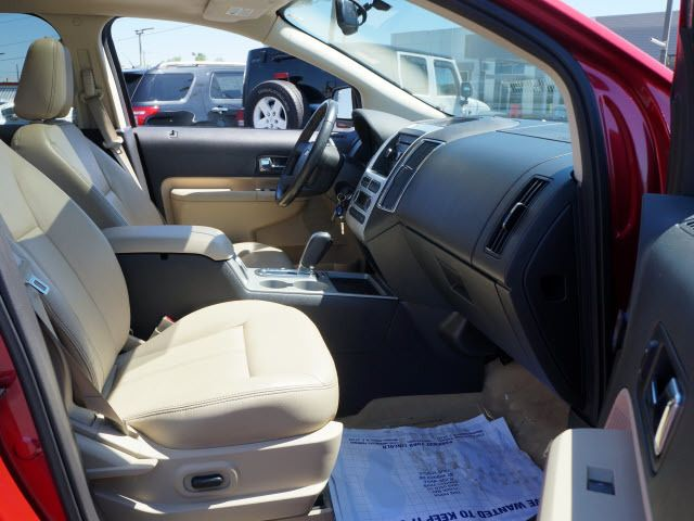 2010 Ford Edge 4dr SEL FWD - 11931275 - 16