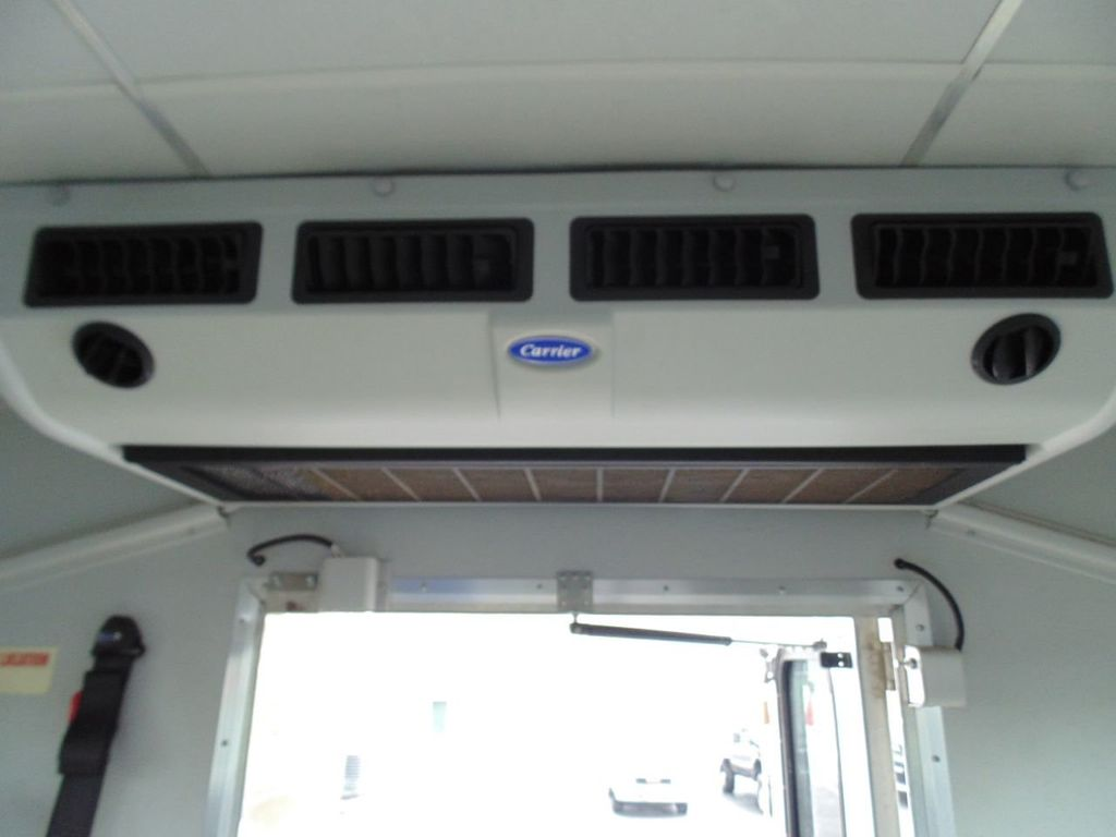 2010 Ford E-450SD Base - 18648227 - 20