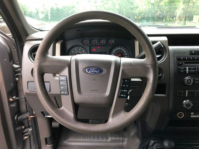 "2010 Ford F-150 4WD SuperCab 145"" XL - Click to see full-size photo viewer"