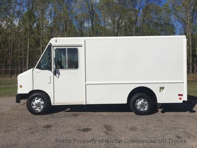 2010 Ford STEP VAN JUST 38k MILES ONE OWNER SRW SUPER CLEAN!! WITH A/C!! - Click to see full-size photo viewer