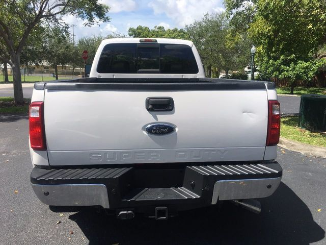 """2010 Ford Super Duty F-350 DRW 4WD Crew Cab 172"""" Lariat - Click to see full-size photo viewer"""