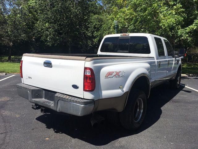 "2010 Ford Super Duty F-350 DRW 4WD Crew Cab 172"" Lariat - Click to see full-size photo viewer"