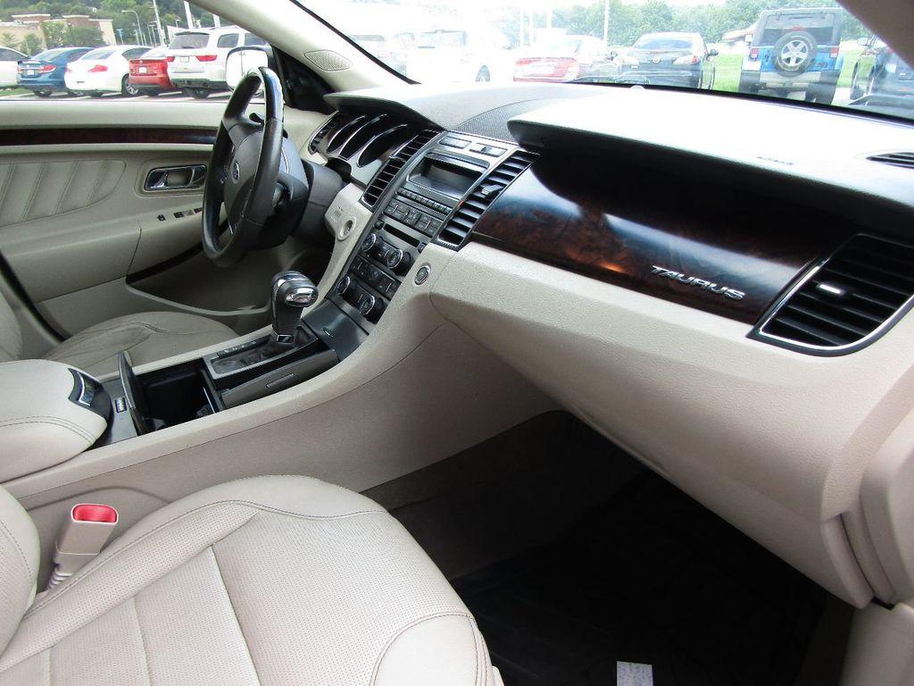 2010 Ford Taurus 4dr Sedan Limited FWD - 17883029 - 9