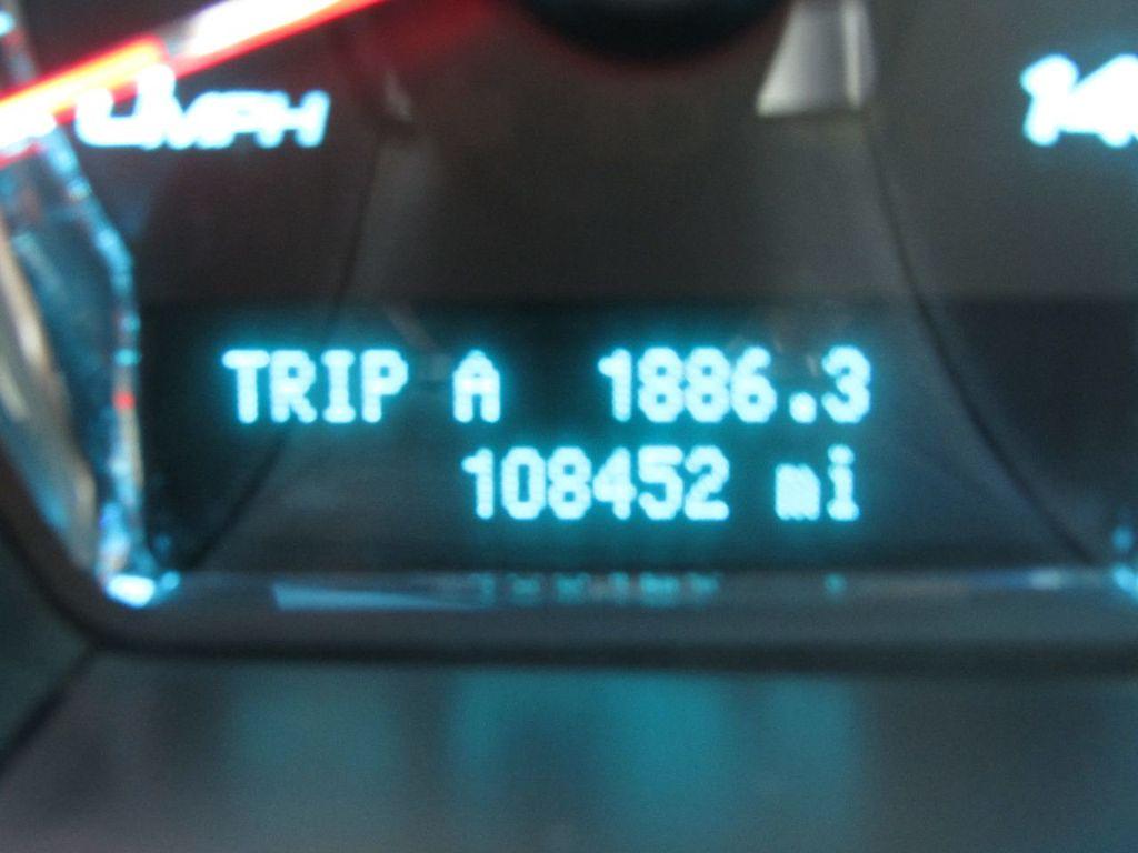 2010 Ford Taurus 4dr Sedan Limited FWD - 17883029 - 19