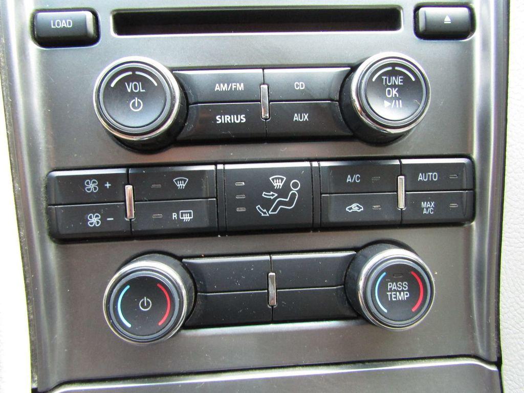 2010 Ford Taurus 4dr Sedan Limited FWD - 17883029 - 21