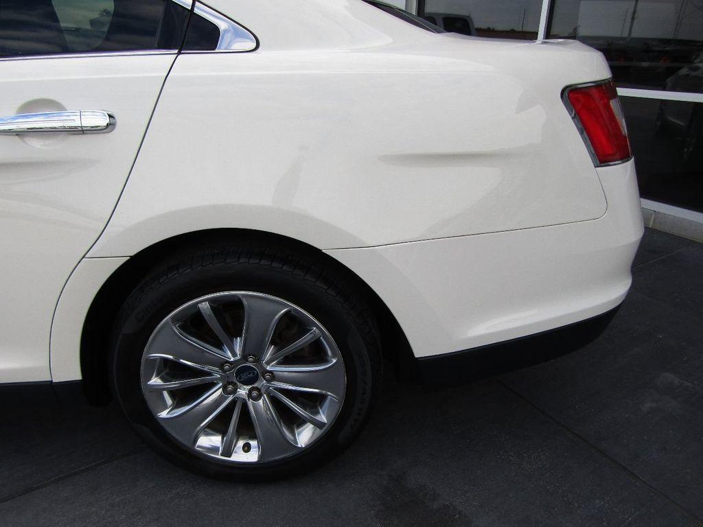 2010 Ford Taurus 4dr Sedan Limited FWD - 17883029 - 28