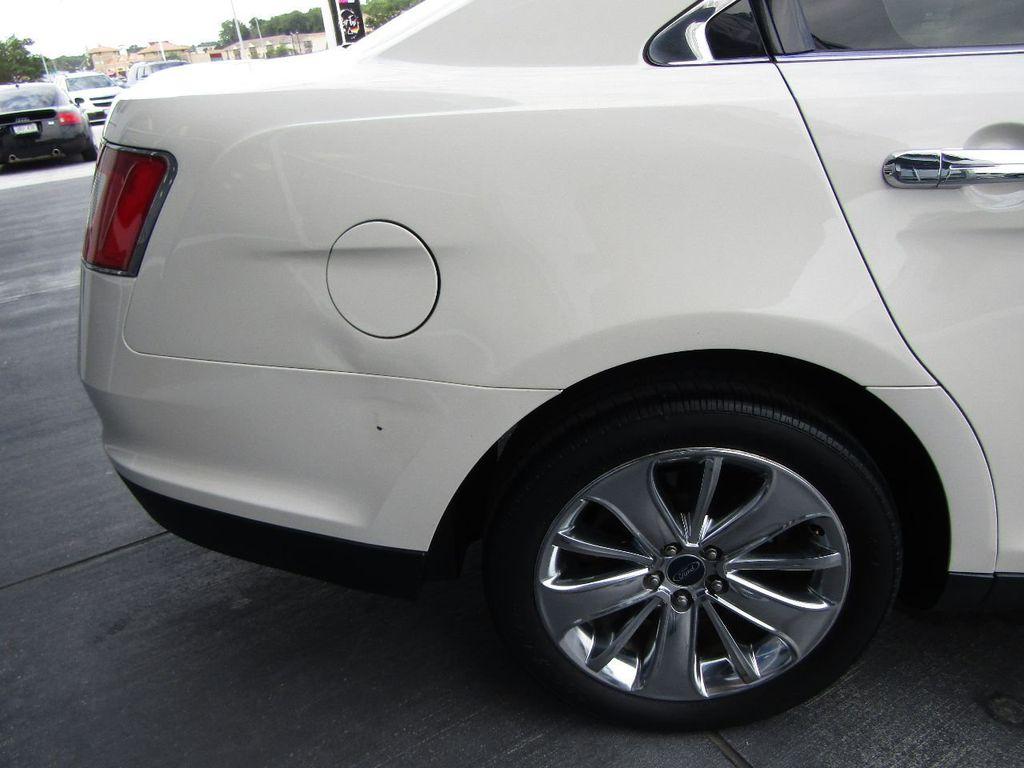 2010 Ford Taurus 4dr Sedan Limited FWD - 17883029 - 29