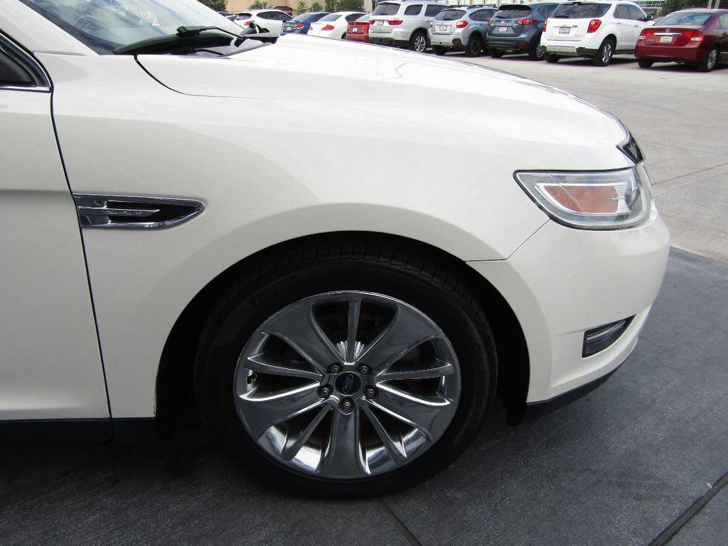 2010 Ford Taurus 4dr Sedan Limited FWD - 17883029 - 32