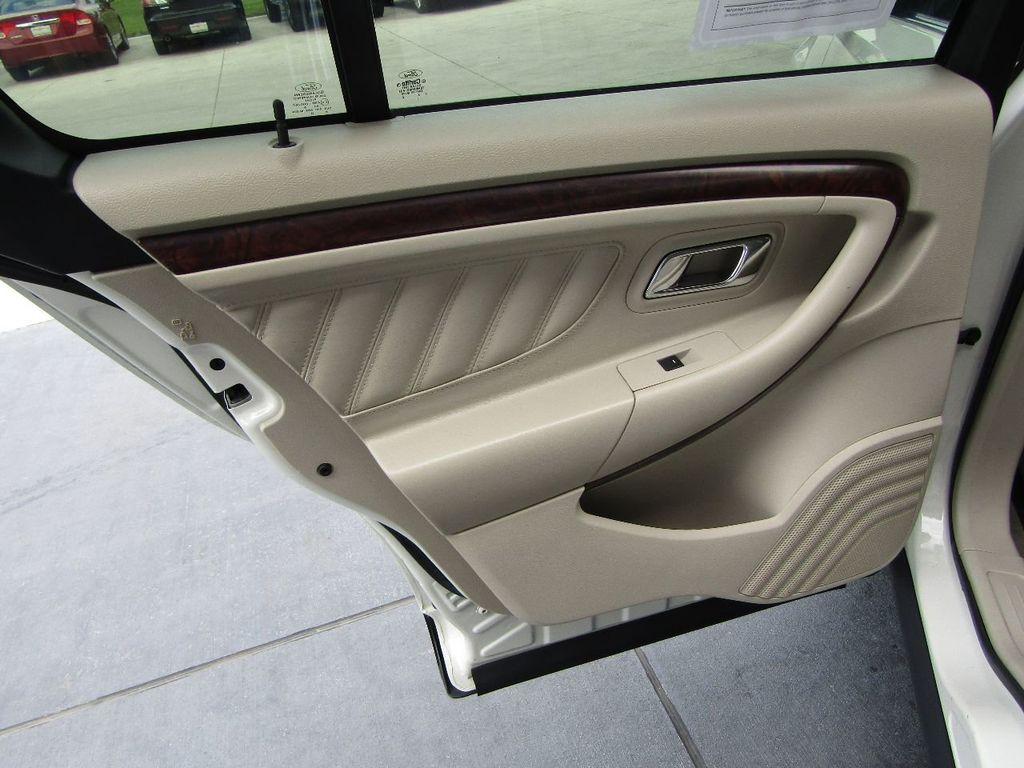2010 Ford Taurus 4dr Sedan Limited FWD - 17883029 - 35