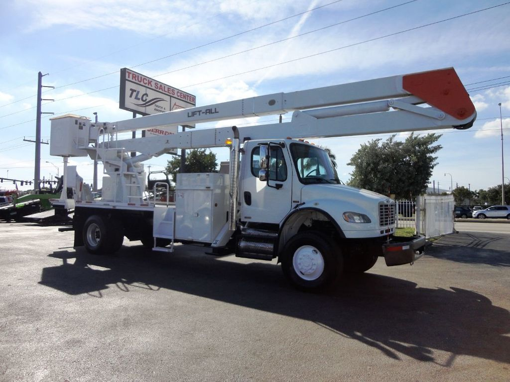 2010 Freightliner BUSINESS CLASS M2 106 4X4.. 70FT BOOM BUCKET TRUCK.. Lift-All LM-70-2MS - 18340882 - 1