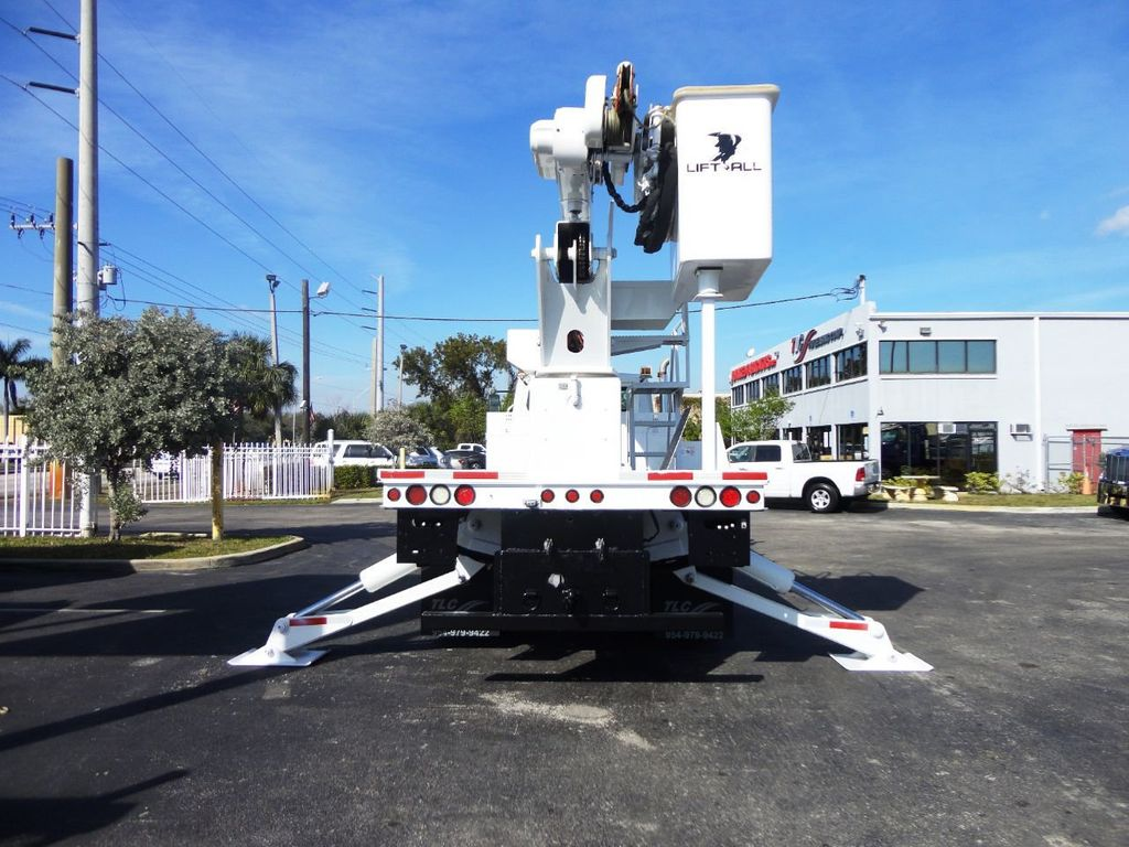 2010 Freightliner BUSINESS CLASS M2 106 4X4.. 70FT BOOM BUCKET TRUCK.. Lift-All LM-70-2MS - 18340882 - 33