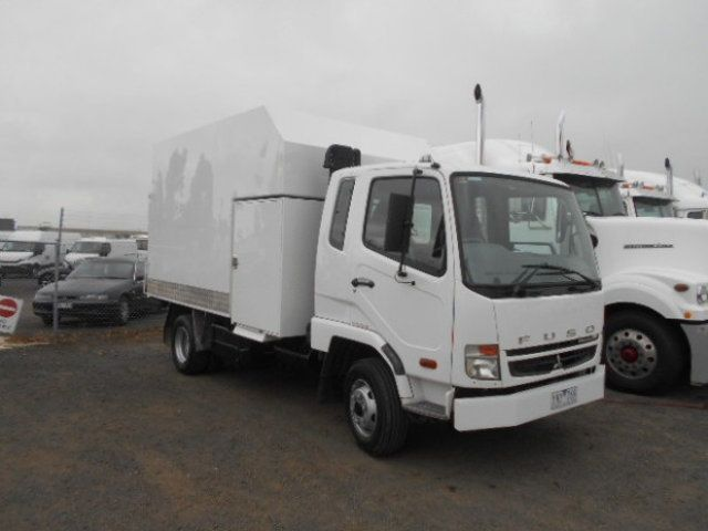 2010 Fuso Fighter 1024 FUSO CHIPPER TIPPER 4x2 - 18726527 - 2