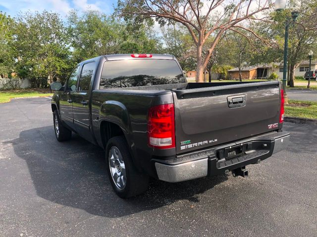"2010 GMC Sierra 1500 2WD Crew Cab 143.5"" SLE - Click to see full-size photo viewer"