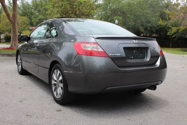 2010 Honda Civic Coupe 2dr Automatic EX - Click to see full-size photo viewer